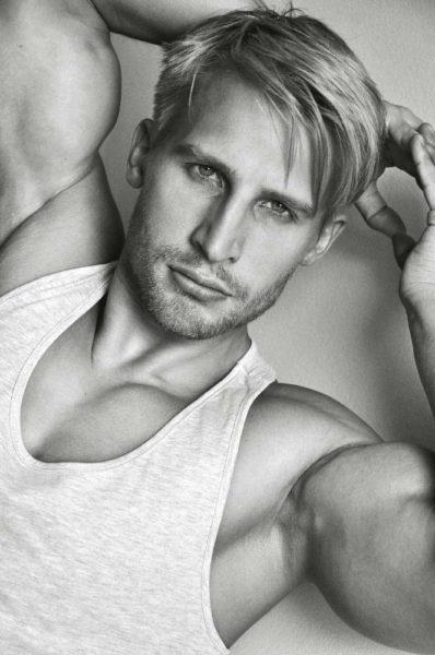 Michal H. (22)